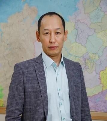 Василий Николаев: Настало время держать курс на обновление власти