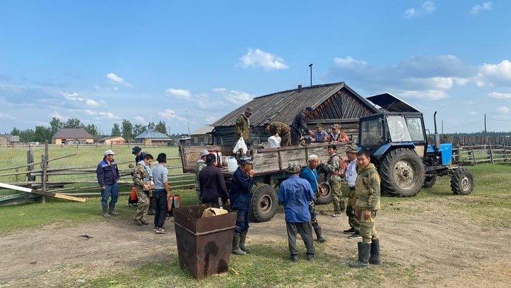 Все силы и средства направление на тушение лесного пожара Жарханского наслега
