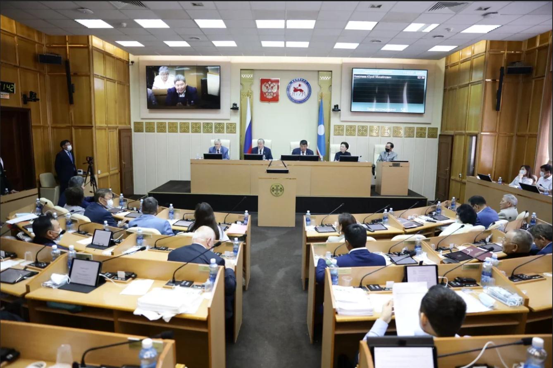 Законодательная инициатива депутатов Якутской Гордумы поддержана Госсобранием (Ил Тумэн)