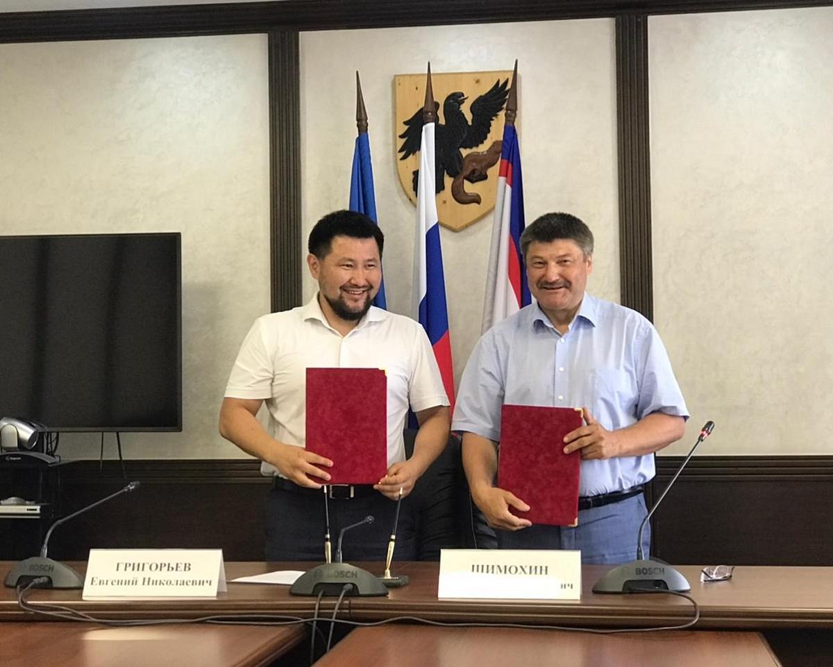 Окружная администрация и АО «Акционерная компания «Железные дороги Якутии» подписали соглашение о сотрудничестве
