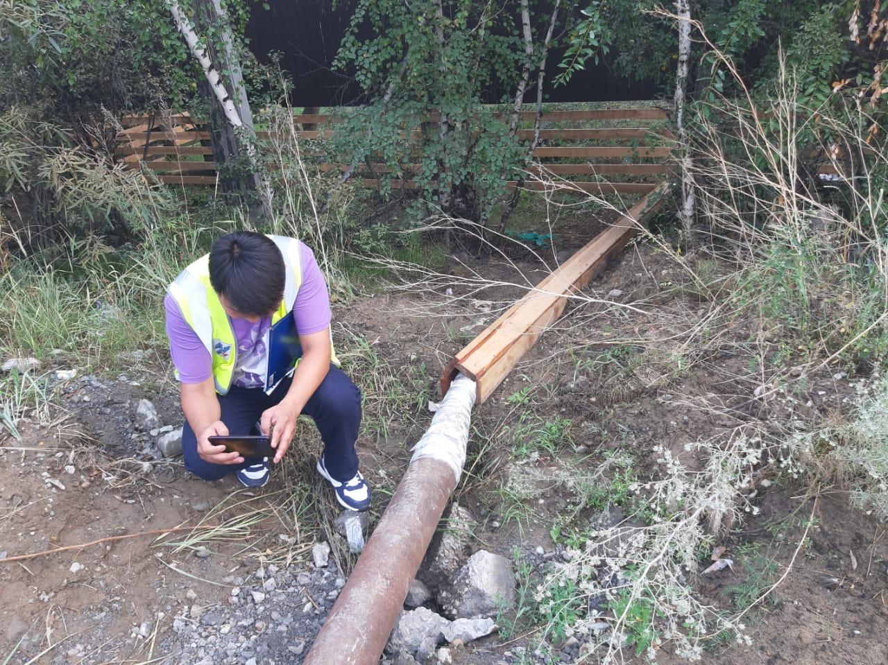 Житель Якутска самовольно проложил трубу под ремонтируемой дорогой