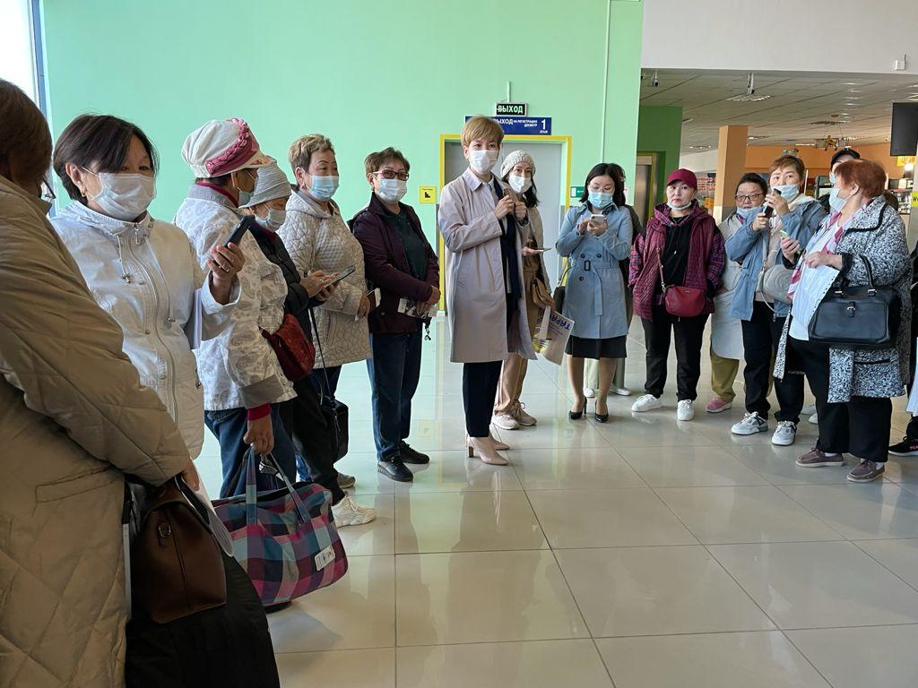 Первая группа якутян из районов, пострадавших от лесных пожаров, вылетела на санаторно-курортное лечение