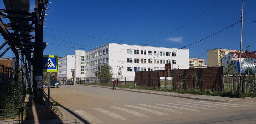 Депутаты Гордумы проверили ход ремонтных работ в школах и детсадах Якутска