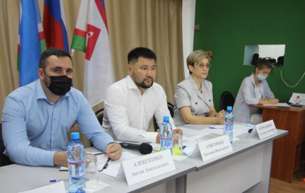 Евгений Григорьев обсудил с жителями Пригородного вопросы комплексного развития села