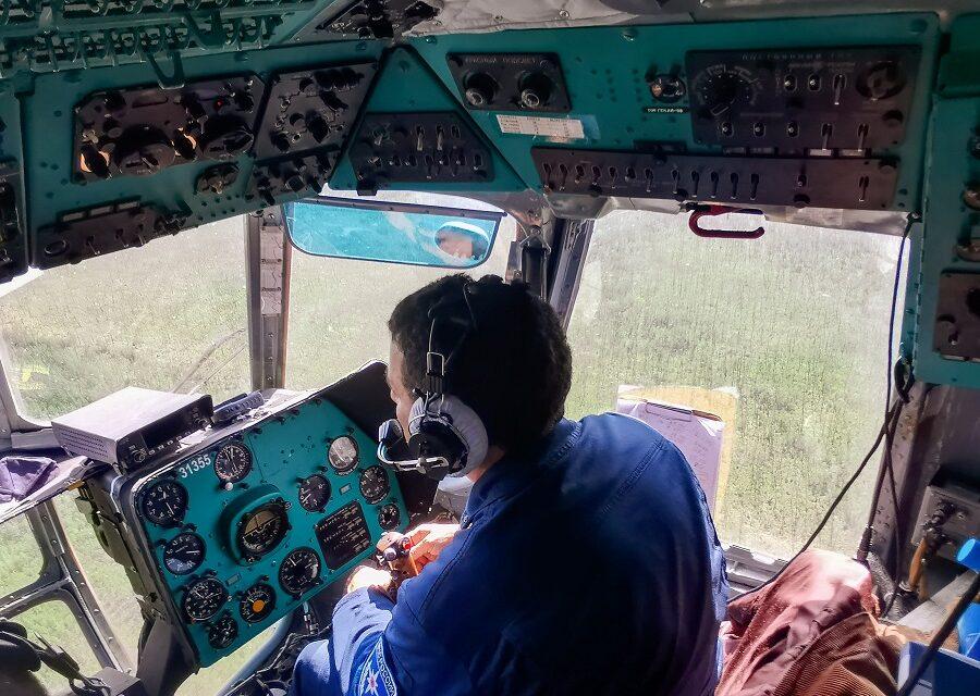 В Якутии авиацией МЧС за сутки на очаги пожаров сброшено 343 тонны воды