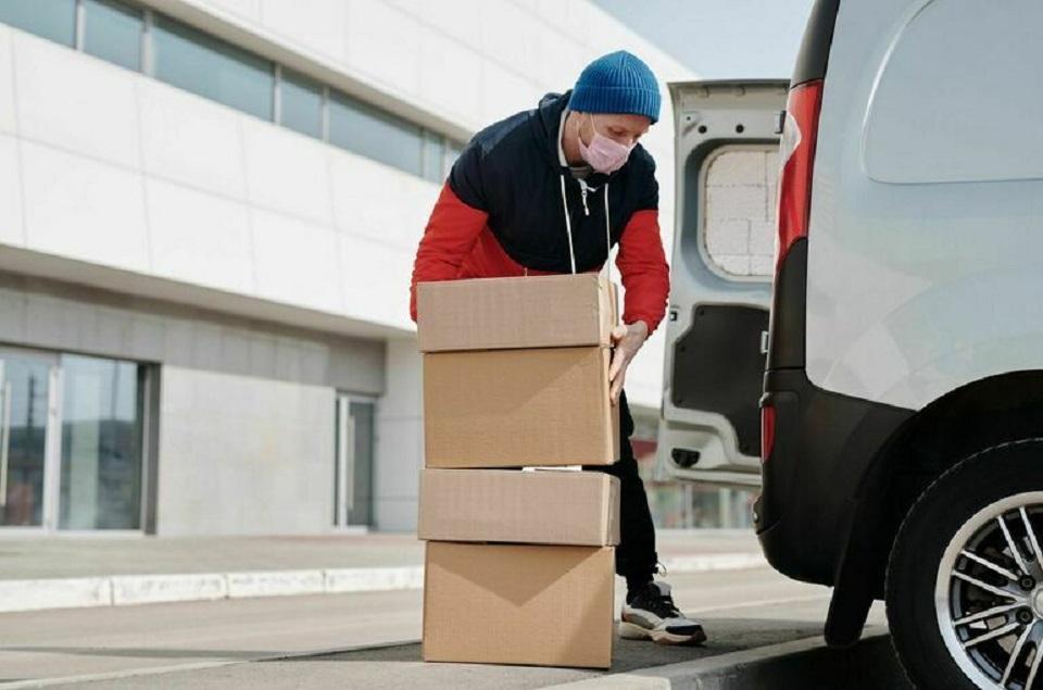Фирмам, доставляющим посылки из-за рубежа, прописали жесткие правила