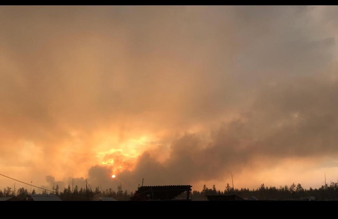 Лесные пожары бушуют и на территории Оймяконского улуса