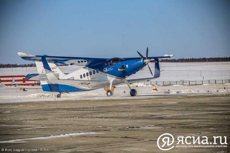 Народные депутаты приняли участие в круглом столе по проблемам малой авиации в Якутии