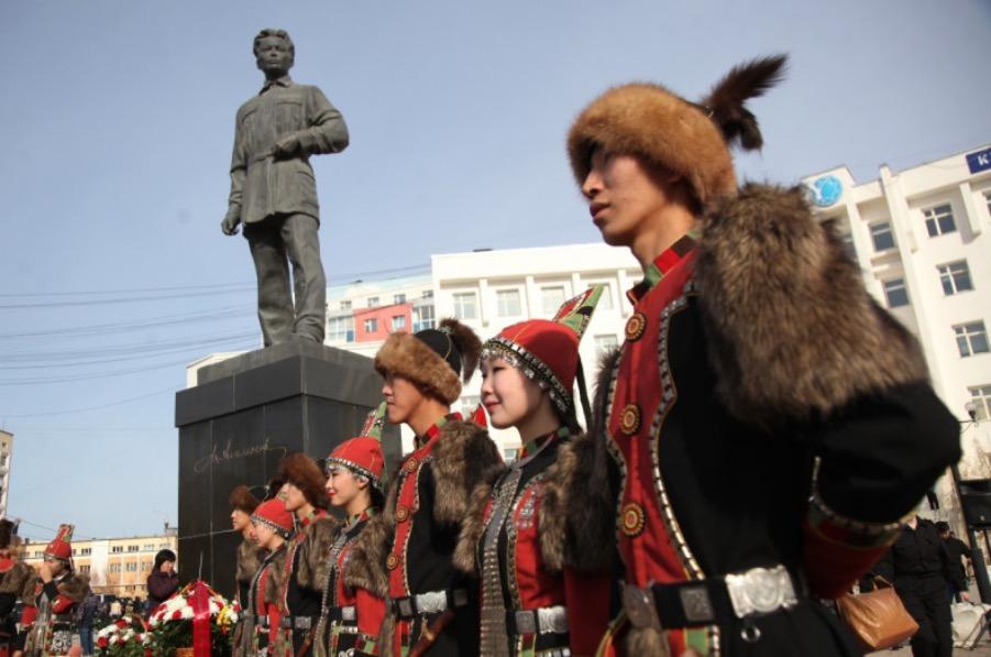 Ученые СВФУ обсудят происхождение народа саха в День государственности