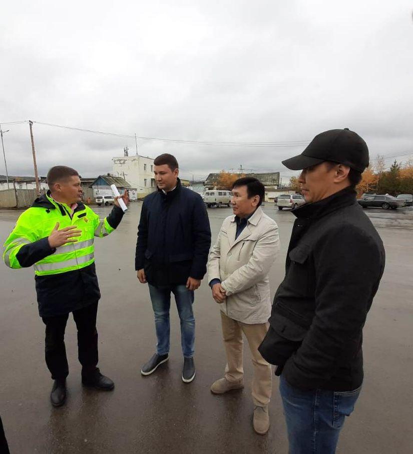 Координатор Нацпроекта «БКД» Феликс Романов проверил состояние отремонтированных дорог в пригородах Якутска