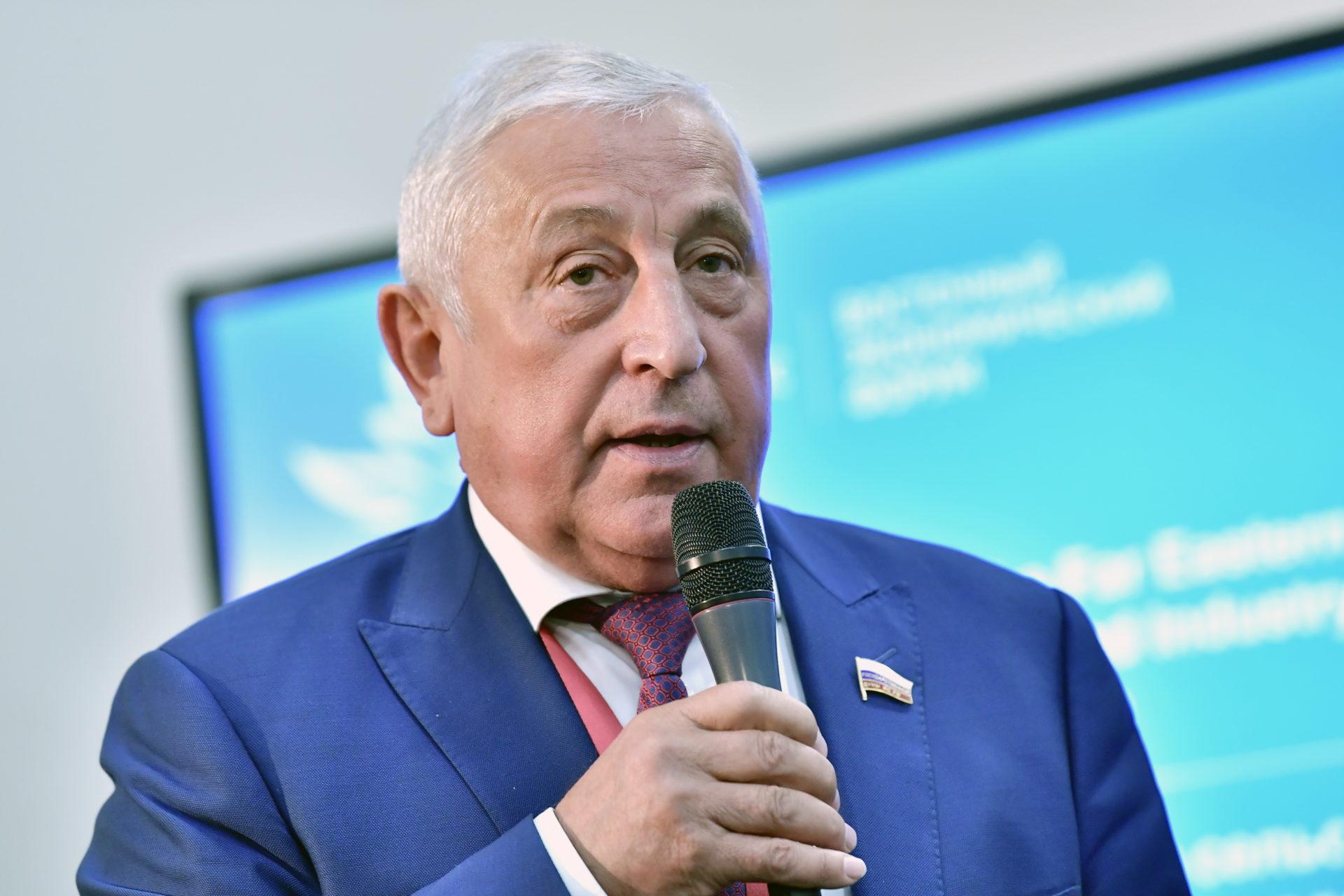 Николай Харитонов: Россия последовательно выполняет все свои обязательства в рамках Парижского соглашения по климату
