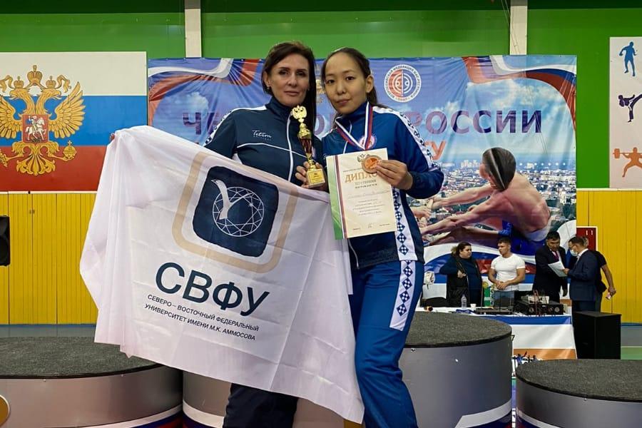 Спортсменка СВФУ завоевала «бронзу» чемпионата России по мас-рестлингу
