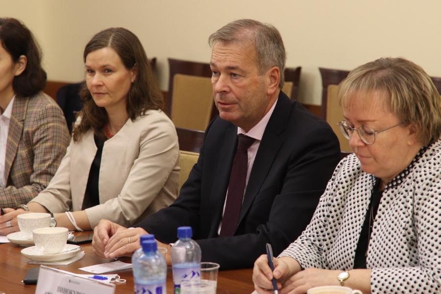 СВФУ посетил генеральный консул ФРГ Бернд Финке