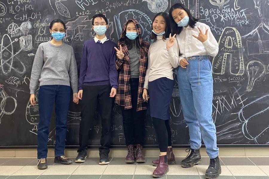 Ученики СУНЦ СВФУ вышли в финал VIII Межрегионального химического турнира