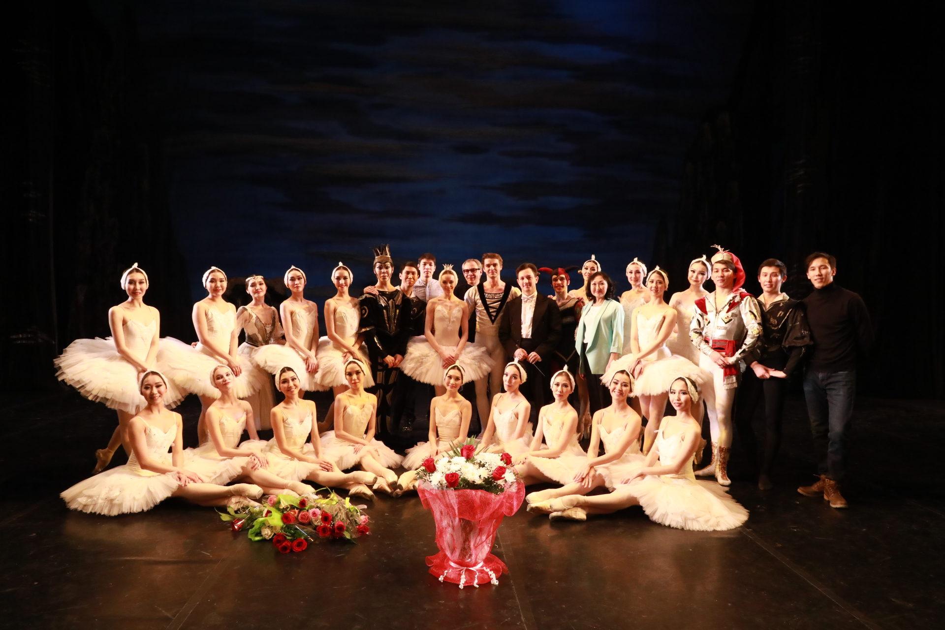Международный фестиваль классического балета «Стерх», посвященный 90-летию великого хореографа Юрия Григоровича.