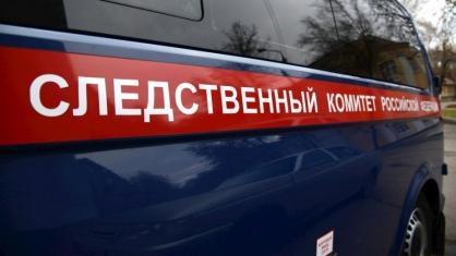 Следователи устанавливают обстоятельства падения ребенка из окна в городе Нерюнгри