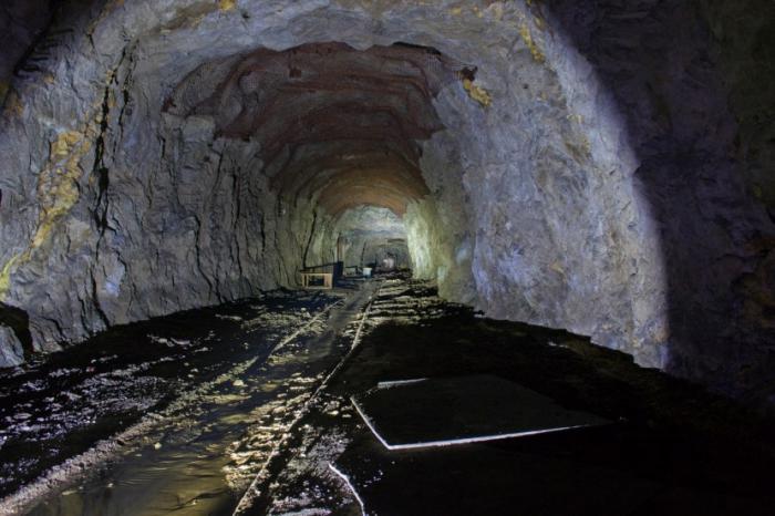 В Айхале на шахте АК «АЛРОСА» произошло обрушение породы, есть погибший