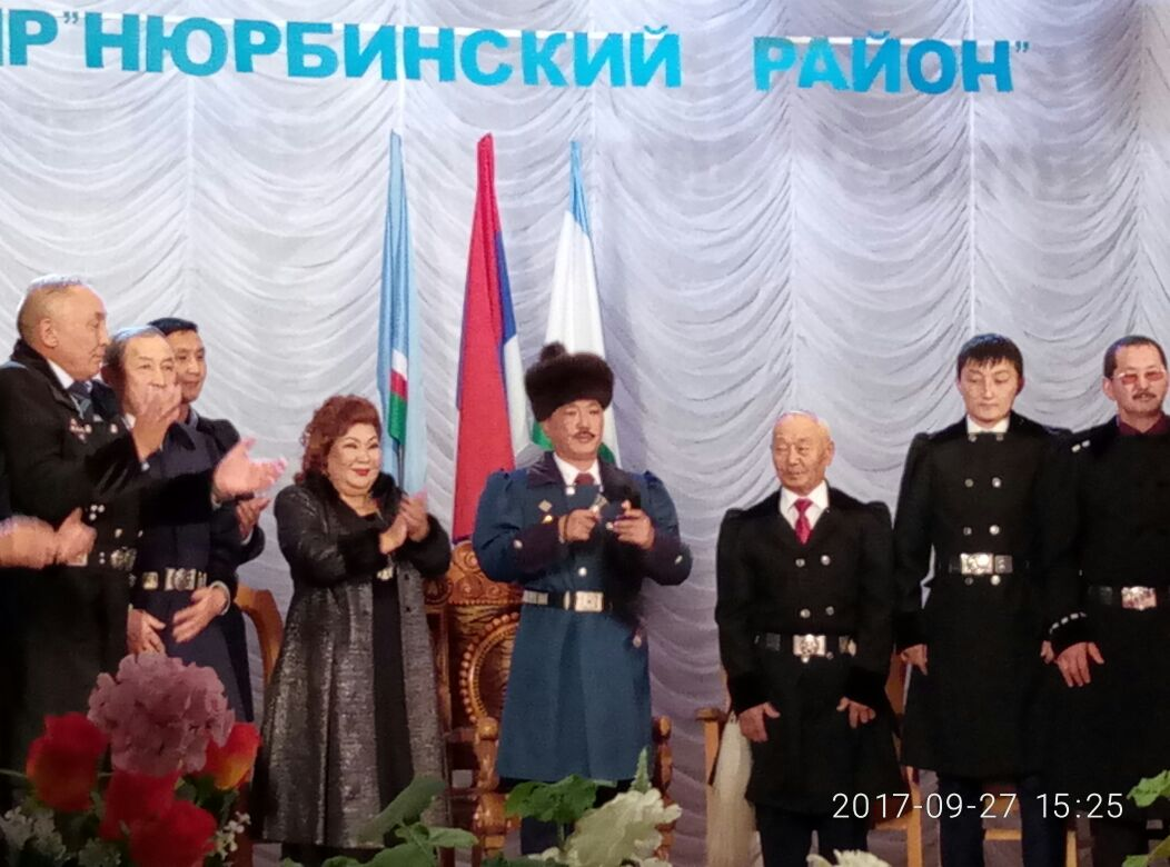 Алексей ИННОКЕНТЬЕВ Ньурба улууһун баһылыгын дуоһунаһын тутта