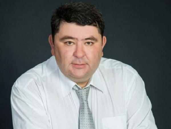 В Среднеколымском улусе Евгений Слепцов продлил полномочия главы улуса