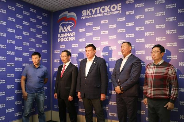 В Москве отметили креативность предвыборной кампании Айсена Николаева