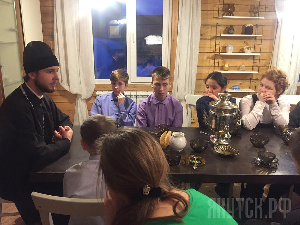 Год добра: для школьников организована экскурсия «Якутия сквозь века»