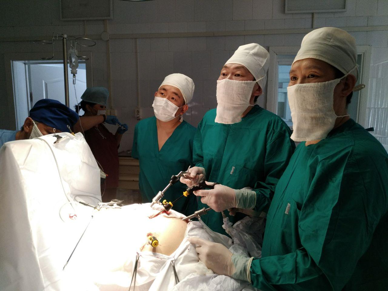 Вилюйские хирурги осваивают новые технологии