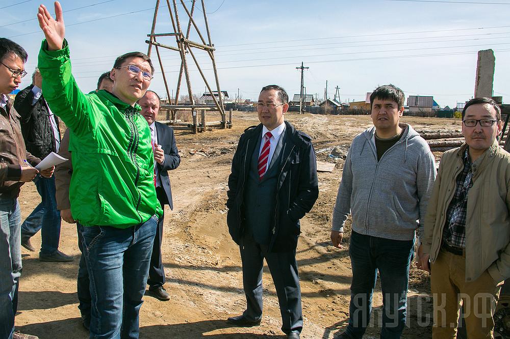 Мэр Якутска проверил санитарное состояние Мархи