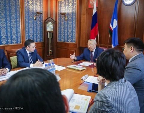 Обсуждены вопросы деятельности Фонда капитального ремонта многоквартирных домов Якутии