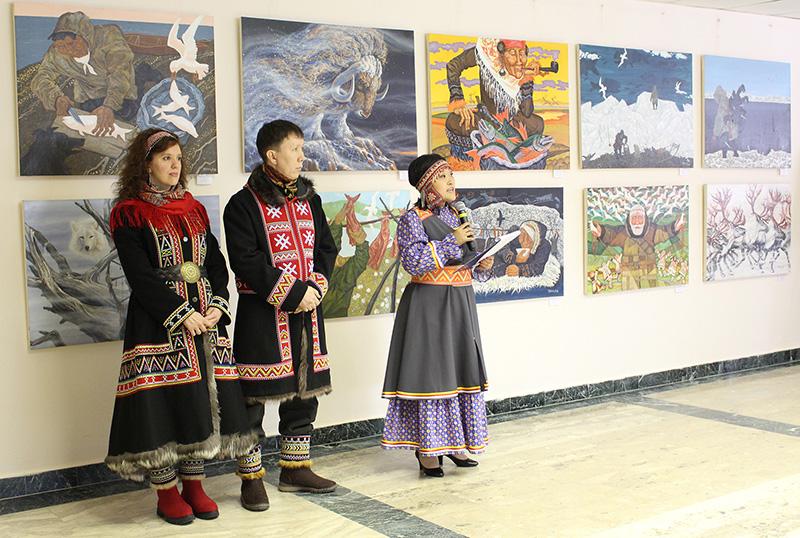 Открытие выставки картин долганского художника Евгения Поротова и Юлии Поротовой