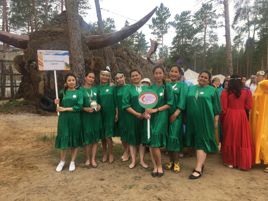 Женсовет Автодорожного округа — победитель в номинации «Прикладное творчество» на II фестивале «Женщины долины Туймаада»