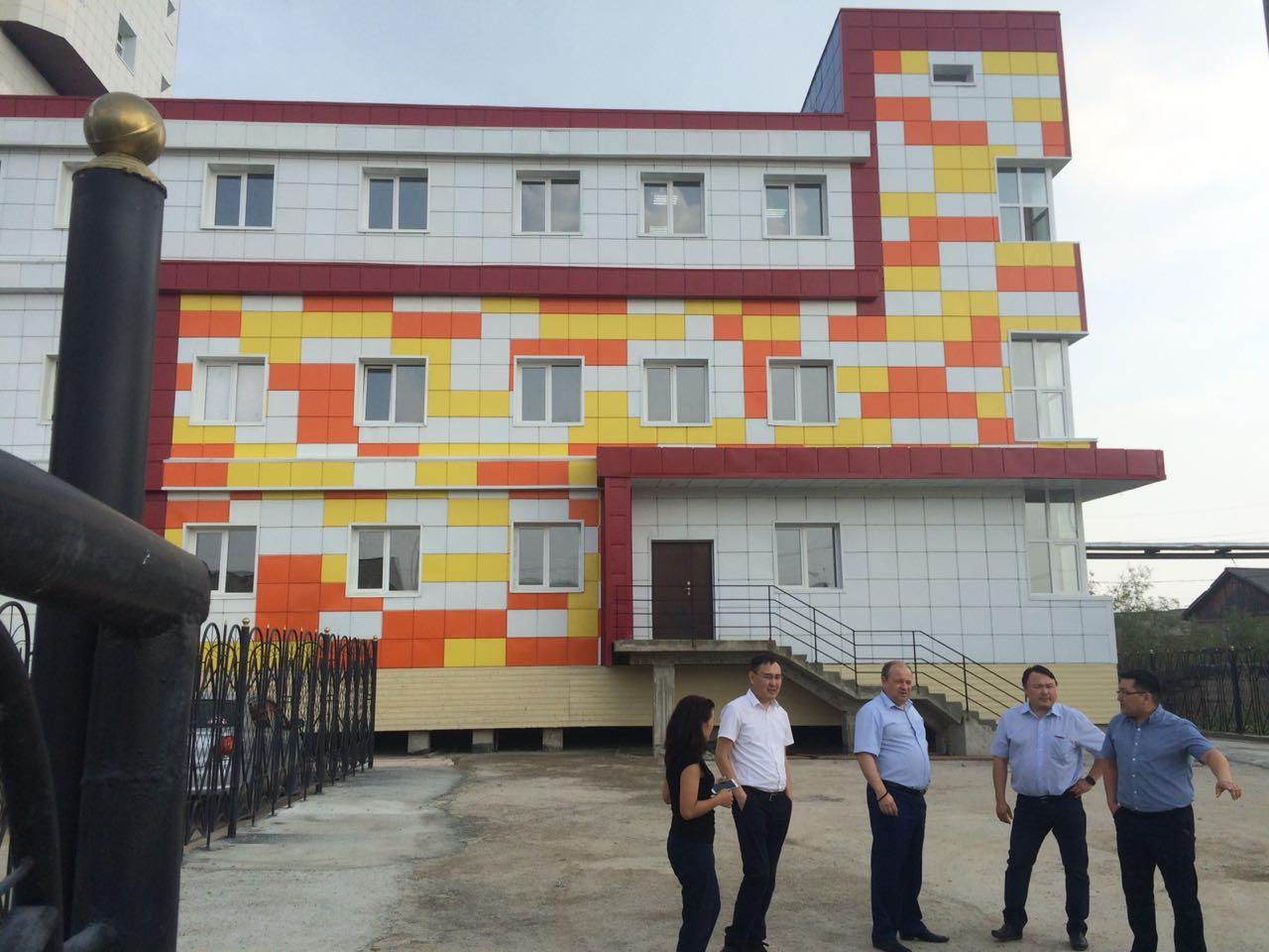 К новому учебному году в Якутске ремонтируются объекты образования