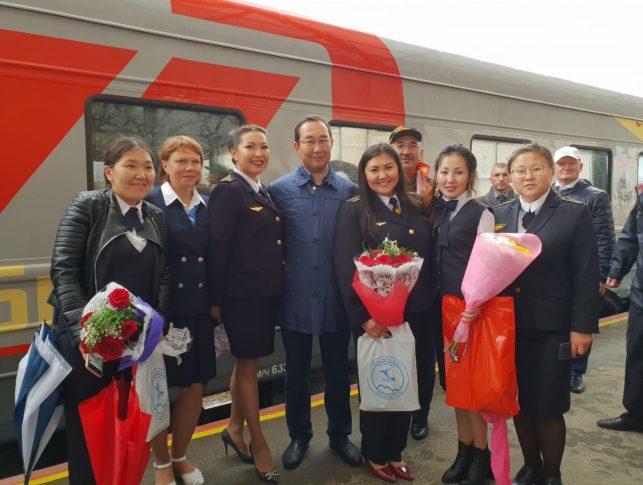 5 августа на станцию Нижний Бестях прибыл первый пассажирский поезд