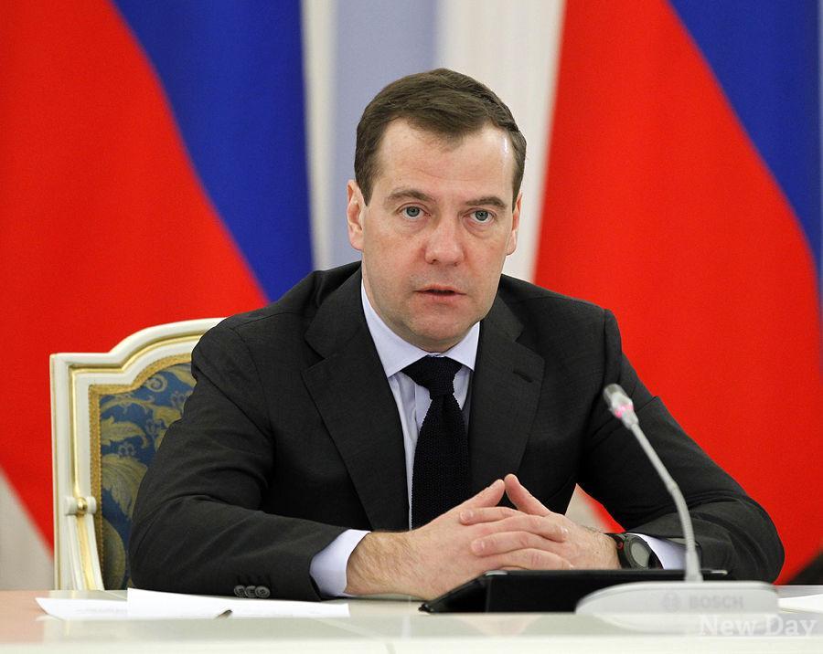 Дмитрий Медведев поздравил Айсена Николаева с уверенной победой