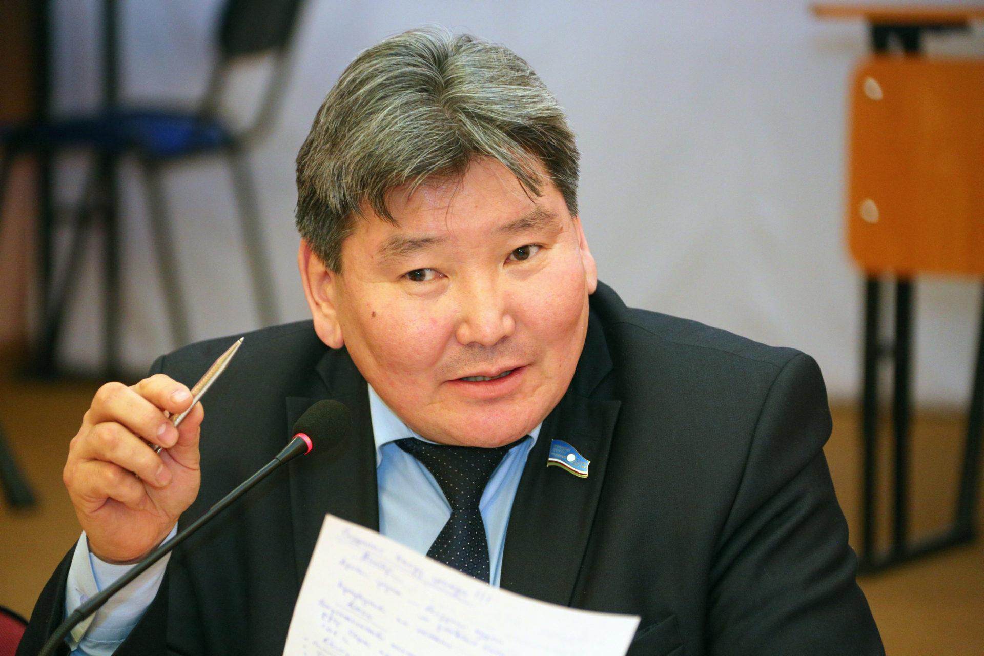 Народный депутат с 15-летним стажем выиграл выборы с перевесом всего в 1%
