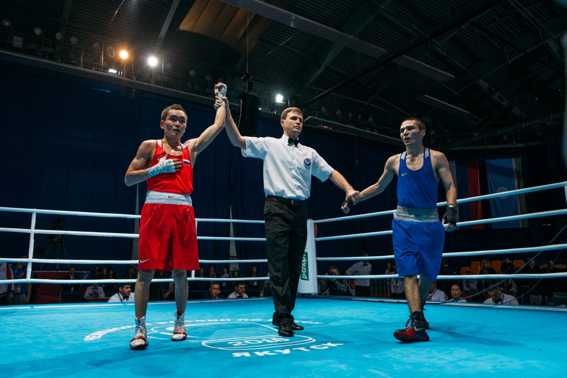 Айсен Николаев открыл чемпионат России по боксу среди мужчин в Якутске