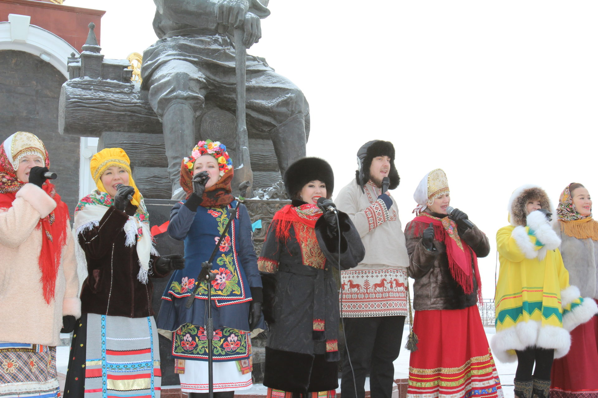 В Якутии широко отметят День народного единства