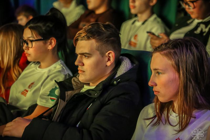 Показ фильма «Молящаяся» состоялся в кинозале ТРЦ «Чудо парк» в рамках III молодежного православного медиафорума Якутской епархии.