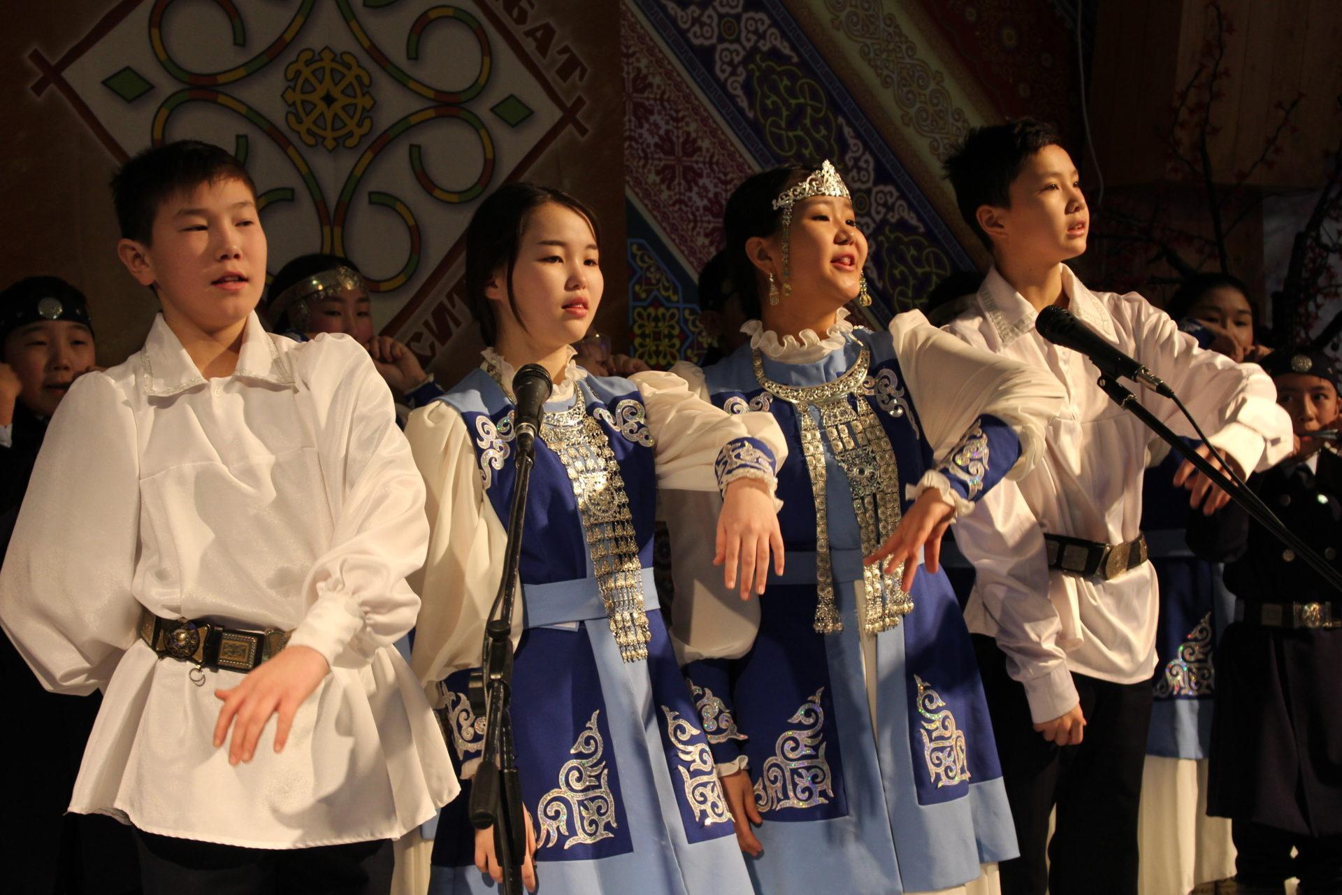 В Якутске пройдет фольклорный фестиваль «Өбүгэ быстыбат ситимэ»