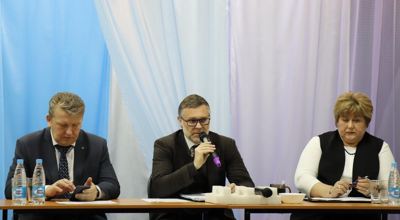 Кирилл Бычков взял проблемы алданцев под личный контроль