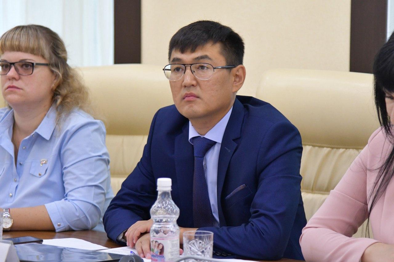 Депутат Александр Сусоев становится чиновником