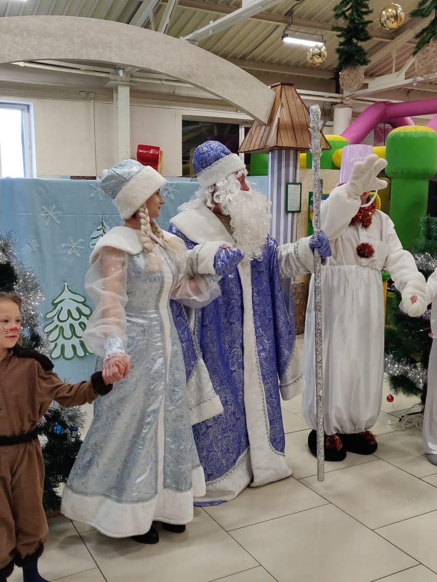 Сказка «В лесу родилась елочка» завершила Новогодние каникулы в ТРК «Чудо парк»