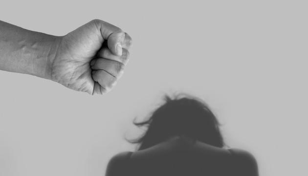 Житель Нюрбинского района взят под стражу по подозрению в совершении преступлений против половой неприкосновенности малолетних дочерей