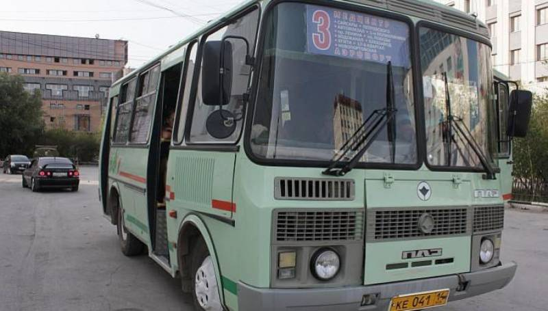 Горожане жалуются на двойное списание оплаты за проезд в автобусах