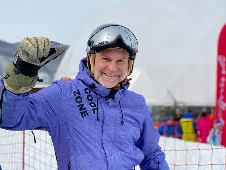 Вахтовый вице-премьер РС Бычков в Сочи
