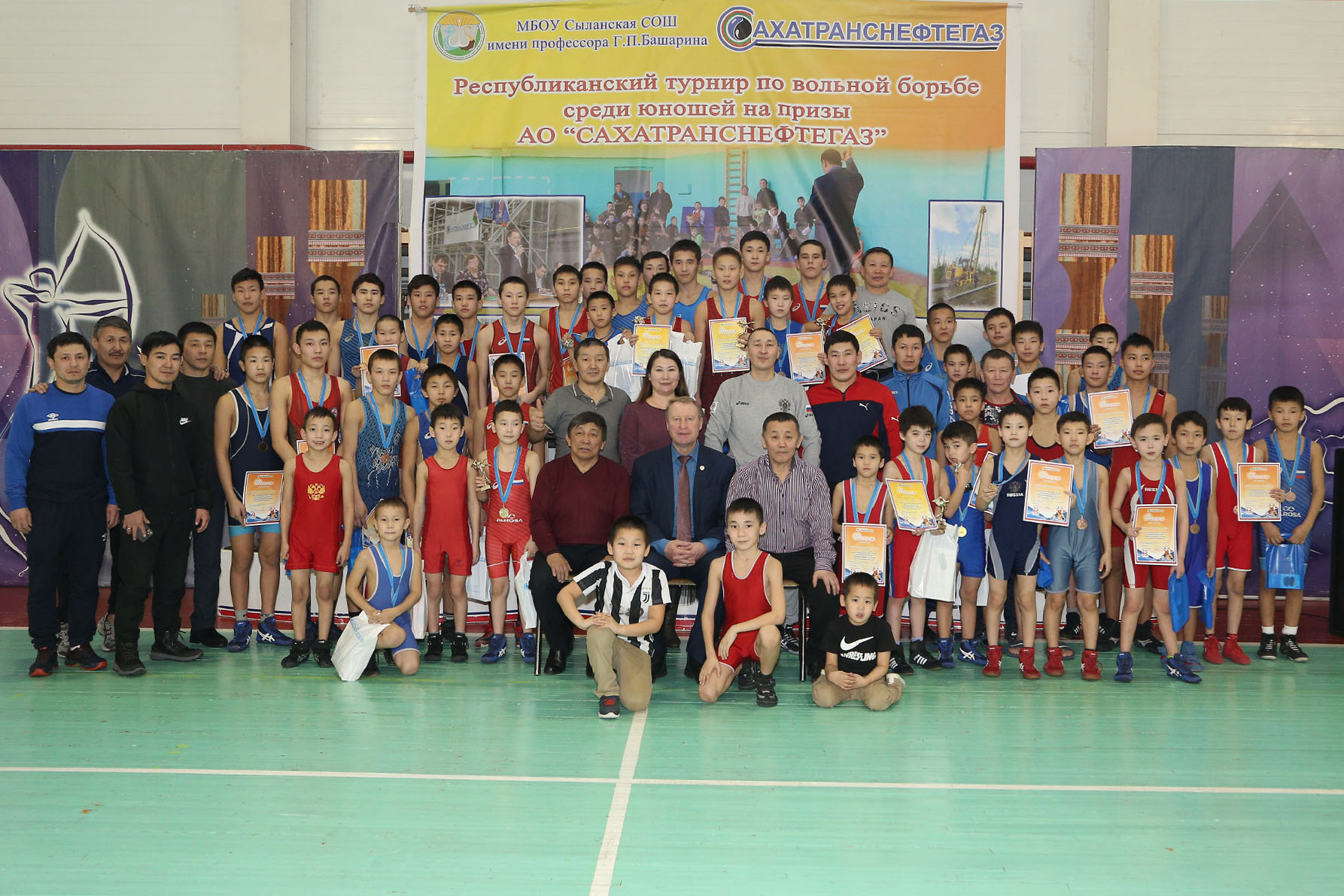 Состоялся III Республиканский турнир по вольной борьбе среди юношей на призы АО «Сахатранснефтегаз»