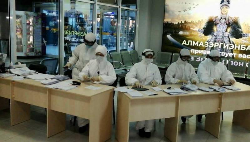 В аэропорту Якутска началось сплошное анкетирование прилетающих из-за пределов республики