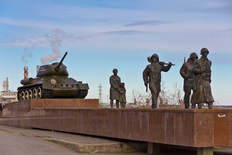 В Якутске продолжается сбор подписей за присвоение звания города трудовой доблести