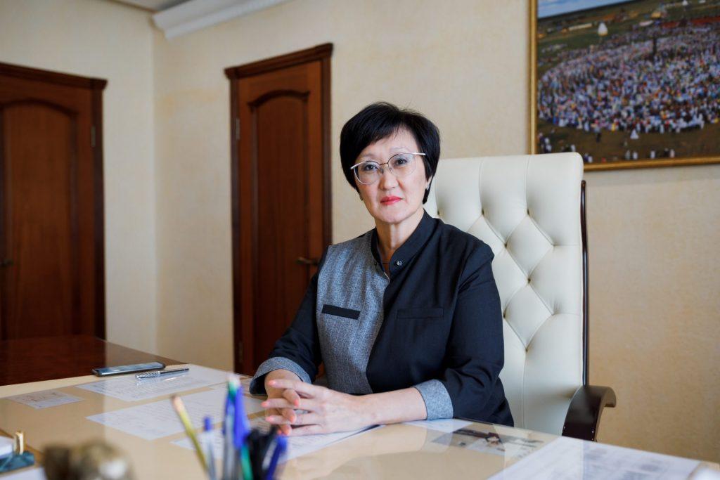 Глава Якутска Сардана Авксентьева ответила на вопросы горожан в прямом эфире