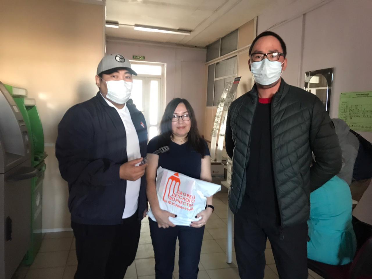Держатели для масок, изготовленные в Детском технопарке «Кванториум», переданы врачам