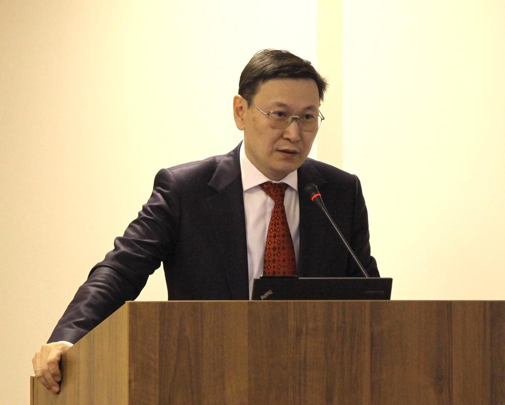 Бывшего министра обрнауки Якутии отправили в «Целевой фонд будущих поколений РС»